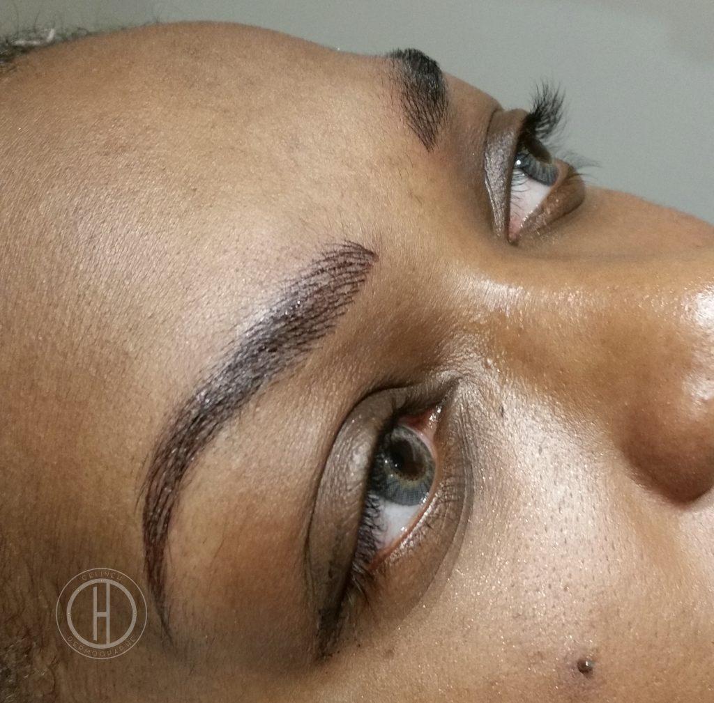 SOURCILS POIL à POIL sur peau noire